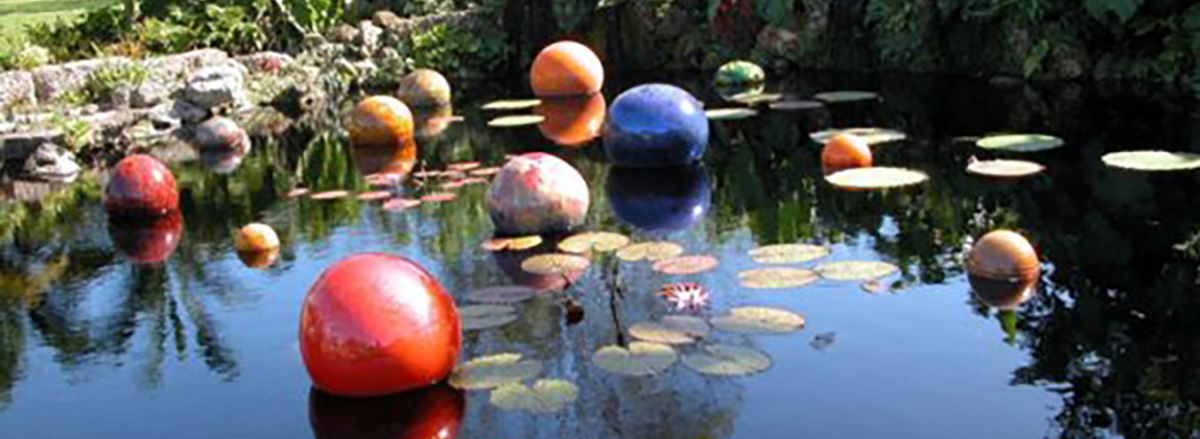 Chihuly pond_354-wide