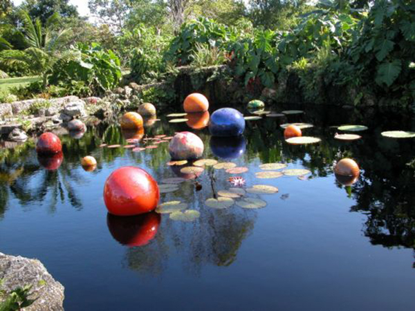 Chihuly pond_354